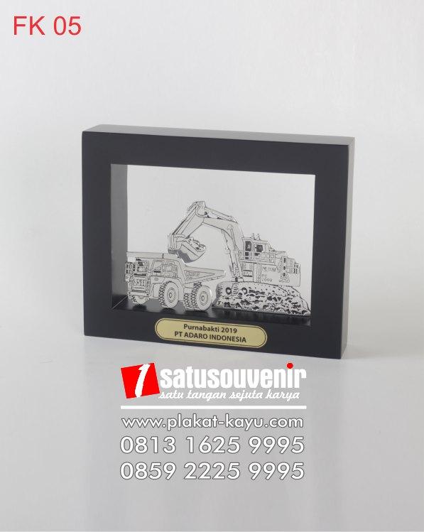 FK05-Frame-Kayu-PT-Adaro-Indonesia